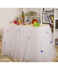 Dekorační tyl na svatební stůl