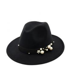Dámský klobouk s perlovou dekorací