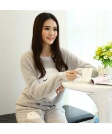 Hřejivé plyšové pyžamo pro ženy