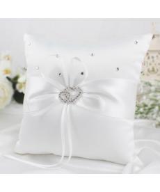 Svatební polštářek na snubní prstýnky