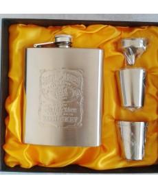 Placatka Jack Daniels s pohárky a trychtýřkem v dárkovém balení