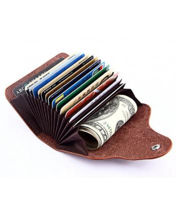 Jednoduchá peněženka na karty a papírové peníze