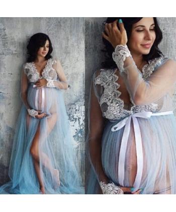 Průhledná těhotenská košilka vhodná na focení těhulek