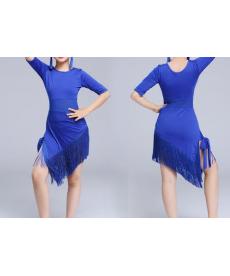 Dívčí šaty na latinské tance