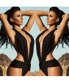 Černé jednodílné sexy plavky s holými zády