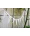 Bílá krajková svatební girlanda