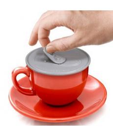 Silikonový kryt na nápoje pro udržení tepla a čisototy