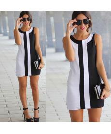 Černobílé mini šaty