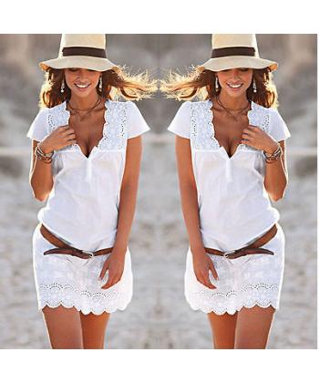 55c481c526a Krátké krajkové šaty s krátkými rukávy