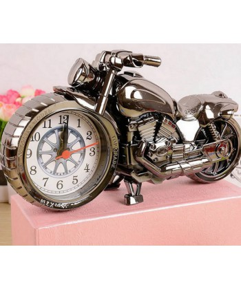 Hodiny/budík v modelu motocyklu