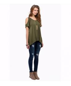 Trendy tričko s holými rameny