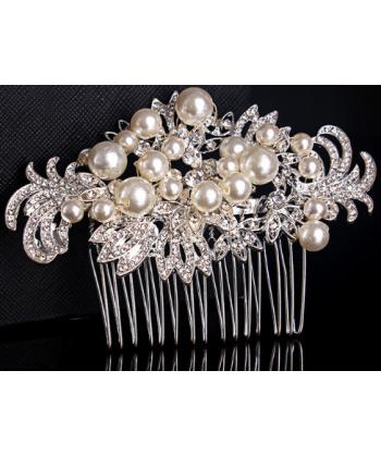 Svatební hřebínek do vlasů s perličkami a krystalky 334df33b4e